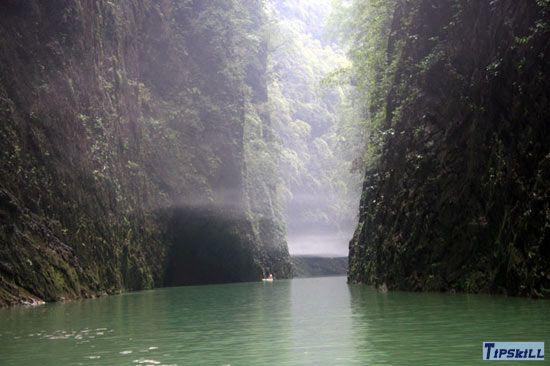 美丽的阿依河